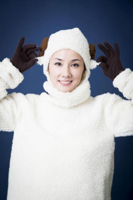 让裕翔粉丝们心情坐云霄飞车的魅力女子!日本人也喜爱不已的姊派演员-吉田羊