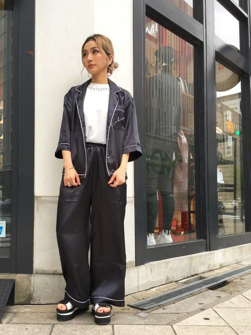 衣服还没换就出门逛大街?2016年你绝对不能错过的「睡衣」时尚