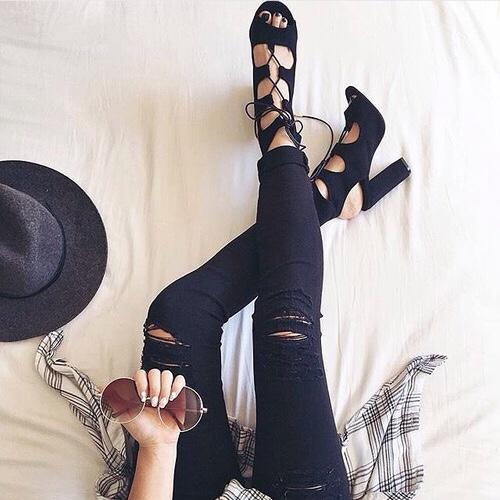 别再小看女人驾驭跟鞋的能力了!髒话百出的男人一日high heels挑战