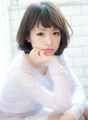 多剪几刀就能回春?日本女孩都在剪的最强逆龄感髮型「眉上浏海+鲍伯头」