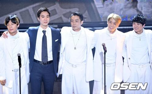 镶金的男团不是BIGBANG!连续蝉联5次TOP 1评价的男团是……