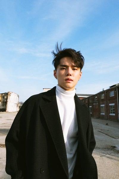 EXO、LEE HI都抢用的黄金作曲家!韩国R&B新星DEAN