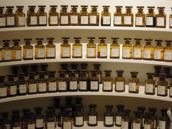 女生研究室:不开封就永远不会过期?7个你没听过的香水冷知识