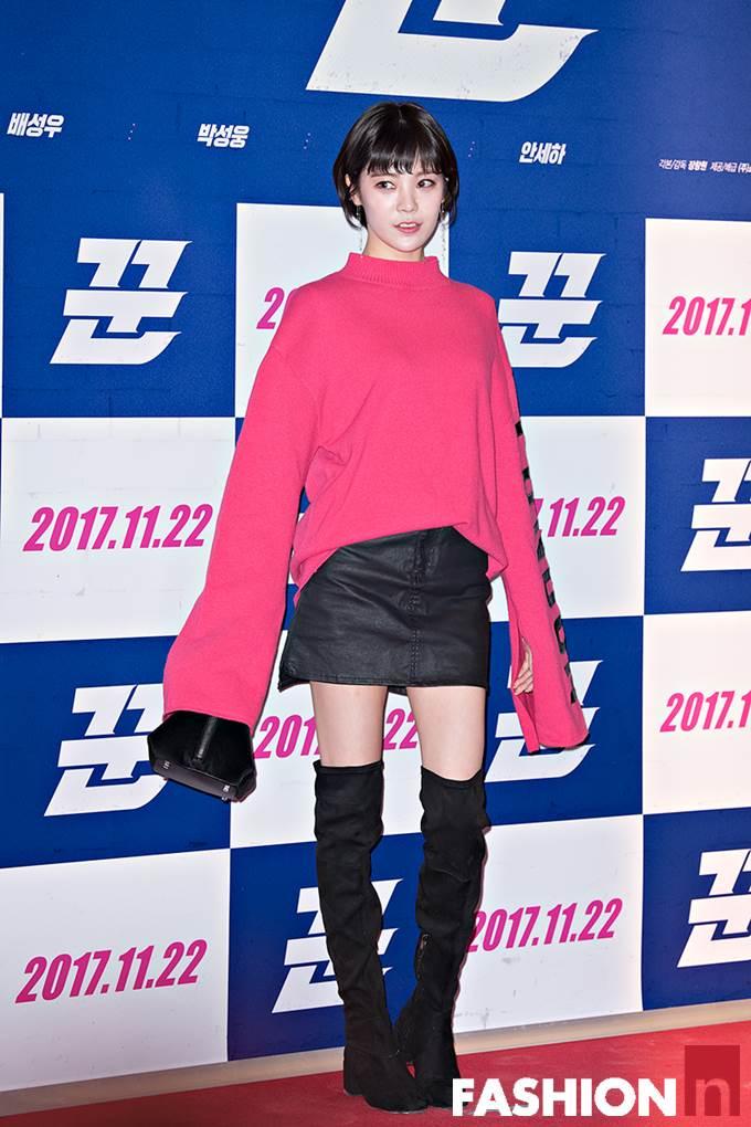 腿长到没朋友!日韩名人靠一双秒杀整个冬天的过膝靴诈欺术!