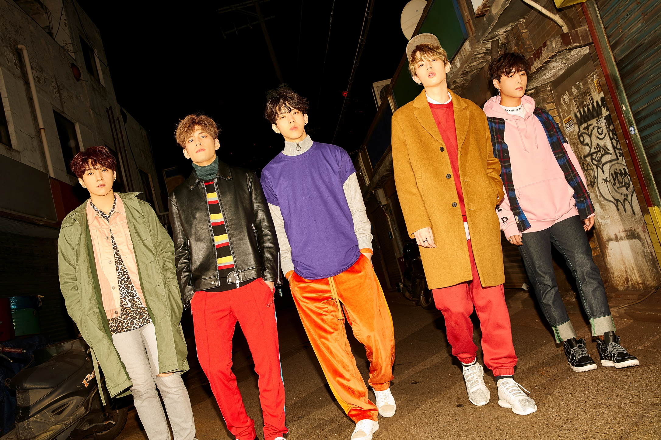 韩 魔性乐团DAY6第二张专辑《MOONRISE》3+15完整回归!