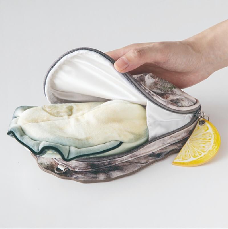 突然有一阵海味?日本「牡蛎小包包」外壳纹路超拟真,还贴心附柠檬片去腥?