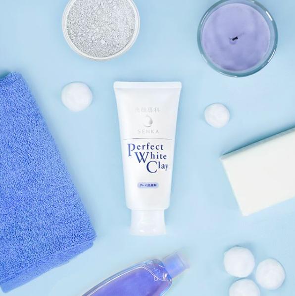 夏天到底要怎么洗脸才对?皮肤科医师提点「四大肤况」清洁方案,当心洗错出油冒痘更严重