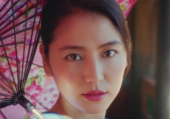 每一幕都美到質感爆表!長澤雅美台灣觀光CF熱騰騰出爐 | 名人娛樂