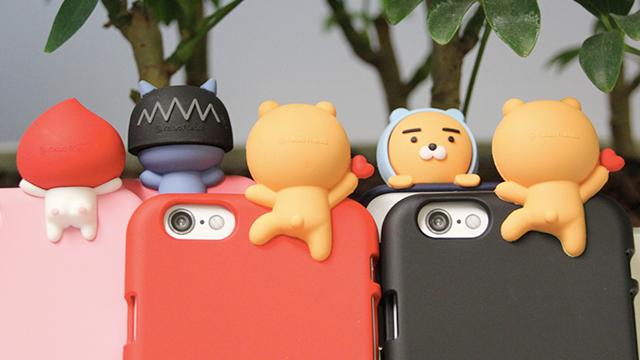 帽T莱恩探头跟你say hi!韩国KAKAO FRIENDS最新公仔手机壳&联名彩妆来放火